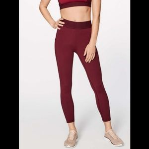 NWT Lululemon box it out tight